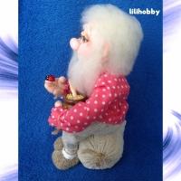 Кукла Домовой на мешке денег